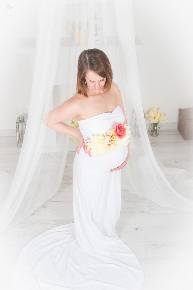 0b51ae2b8c Bérelhető kismama ruha FEHÉR - BabyMandarin - Saját kollekciós ...