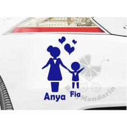 Autó matrica EGYEDI névvel kedves grafikával ANYA FIA