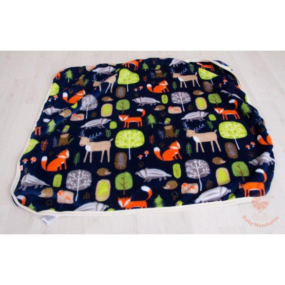Wellsoft pihe-puha téli baba takaró  - Sötétkék, erdei állatos